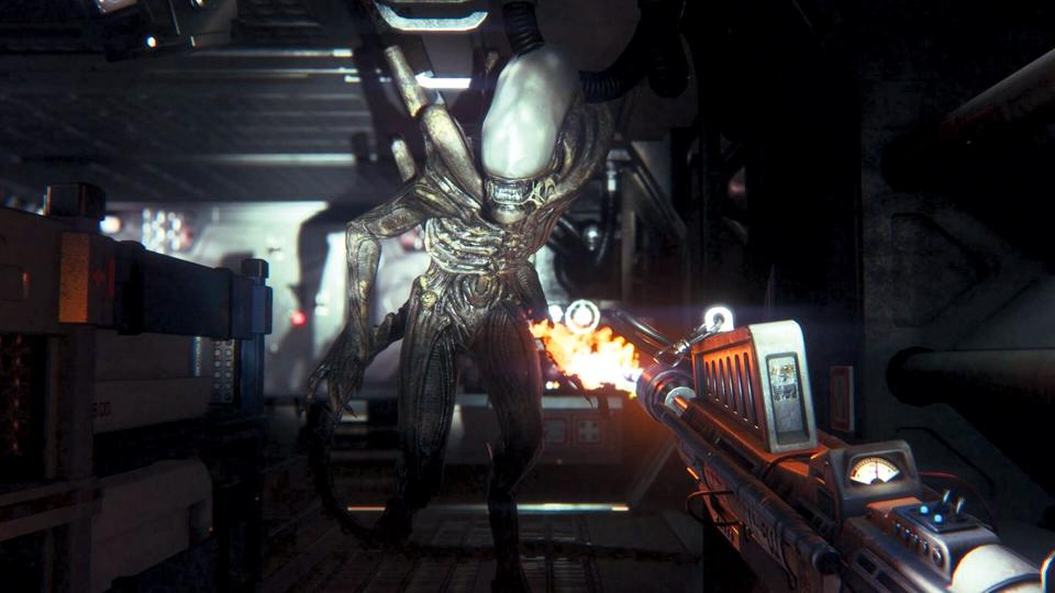 gameplay of alien isolation