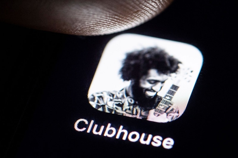 Why to Use the Clubhouse App